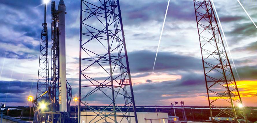 國內首臺高塔架風電塔機投入運行