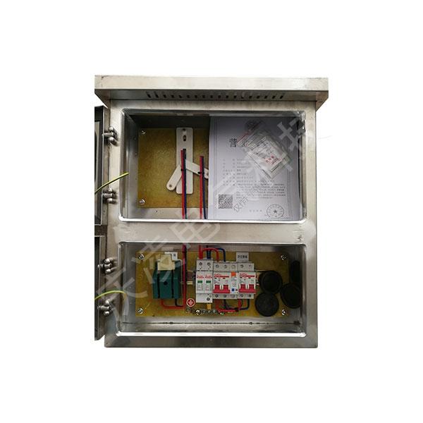 不銹鋼帶表位單相5-8KW光伏并網箱