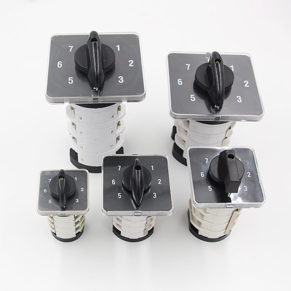 "LW31 Series Changeover Switch (""0-7"") Position"